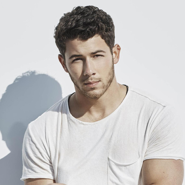 Nick Jonas Wiki, Age, Height, Career, Girlfriend, Songs, Family
